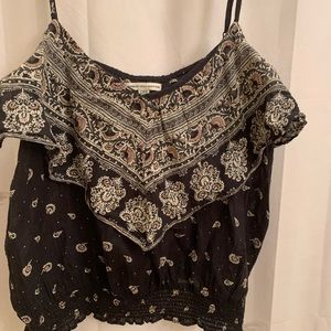 ☀️ American Eagle flowy black crop camisole size L